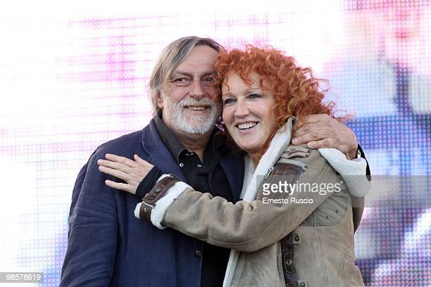 Fondator of Italian medical charity Emergency Gino Strada and italian singer Fiorella Mannioa during a demonstration to support three Emergency...