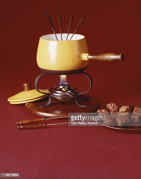 Fondue served with meat