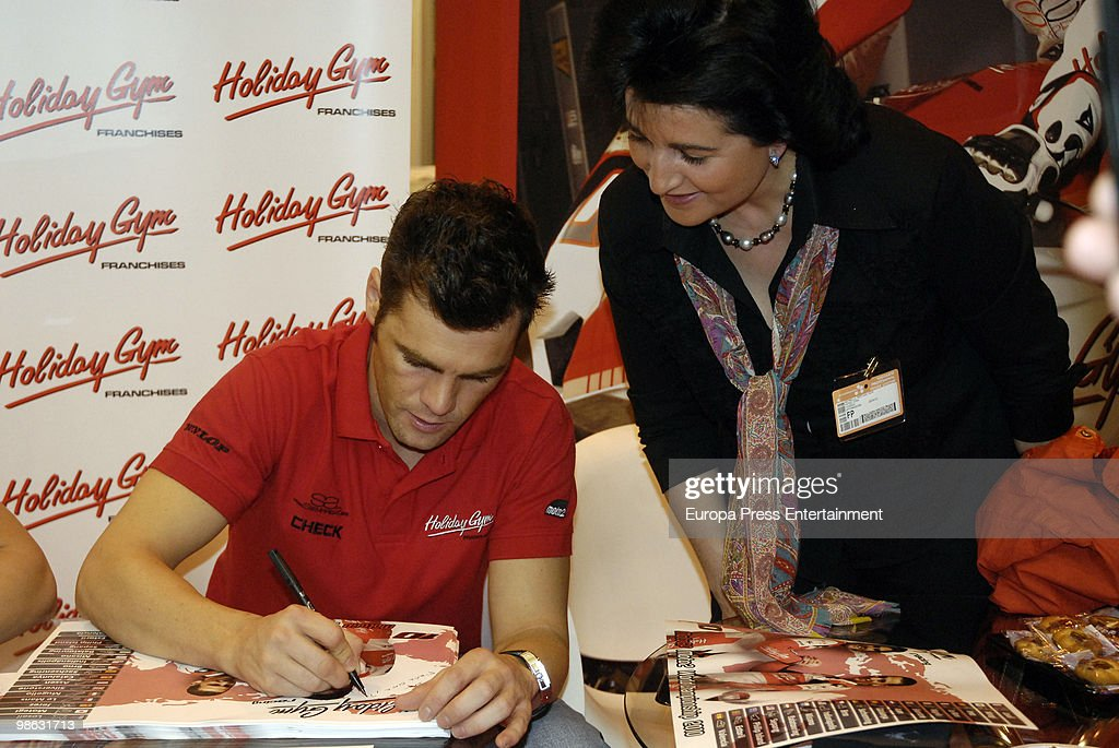Fonsi Nieto attends 'Expofranquicia' on April 23, 2010 in Madrid, Spain. Nieto and Guerra are the ambassadors of 'Holiday Gym'.