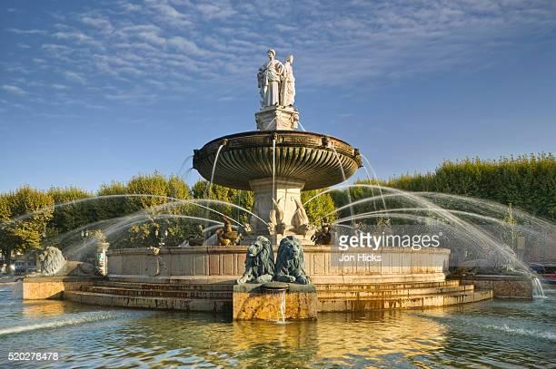 fontaine de la rotonde in aix-en-provence - aix en provence stock pictures, royalty-free photos & images