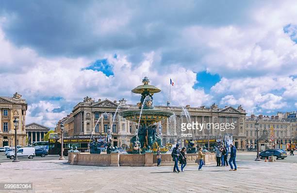 fontaines de la concorde, paris - place de la concorde stock pictures, royalty-free photos & images