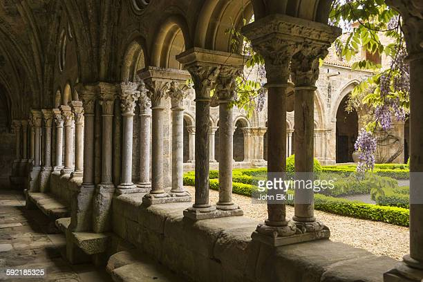 fontfroide abbey, cloister - cloister stock pictures, royalty-free photos & images