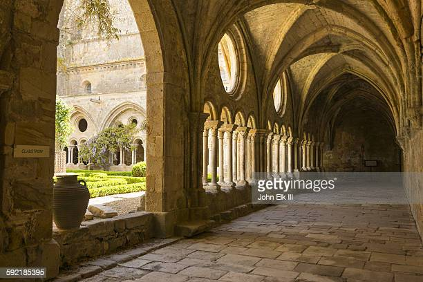 Fontfroide Abbey, cloister