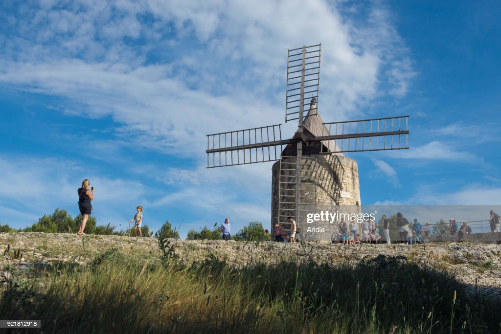 Alphonse Daudet's windmill. : News Photo