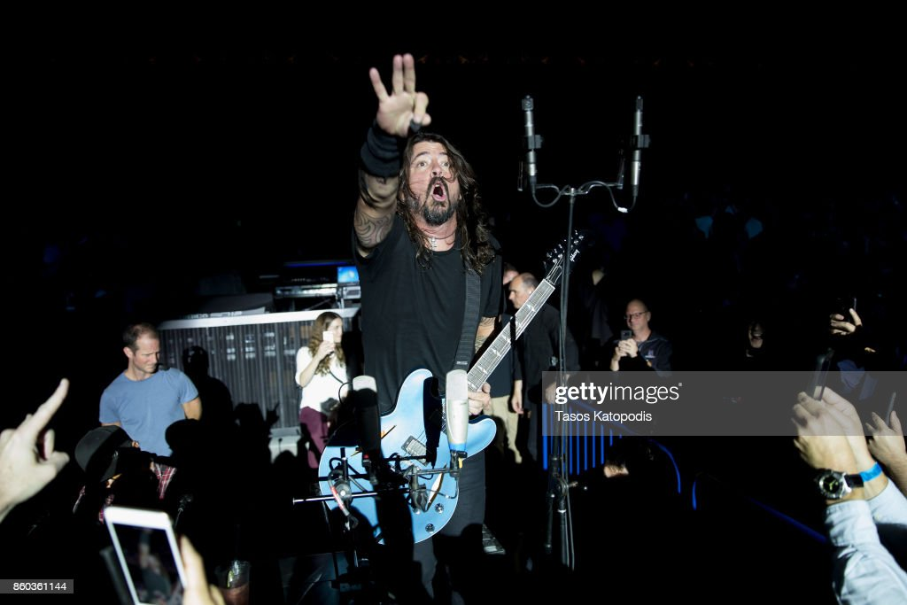 Foo Fighters perform on stage during the iHeartRadio Foo FAnthem Show at The Anthem on October 11 2017 in Washington, DC.