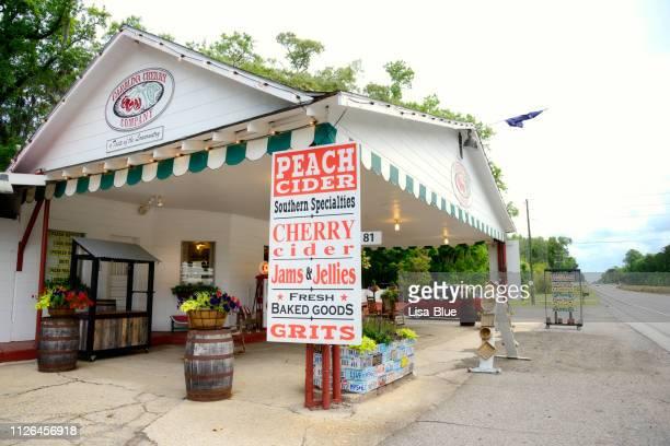 magasin nourriture et boisson, caroline du sud, usa. - caroline du sud photos et images de collection
