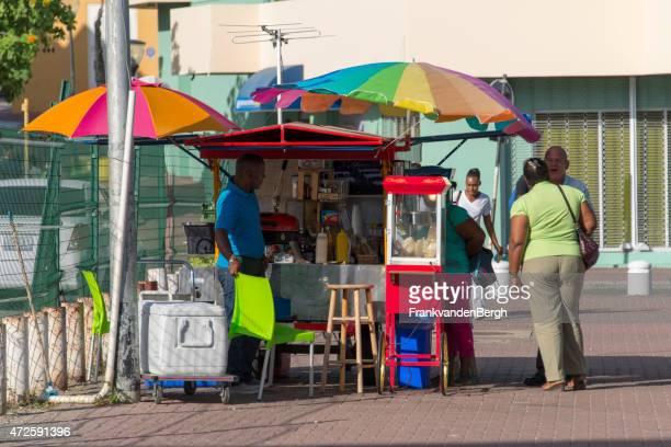 food and drinks stall - curaçao stockfoto's en -beelden