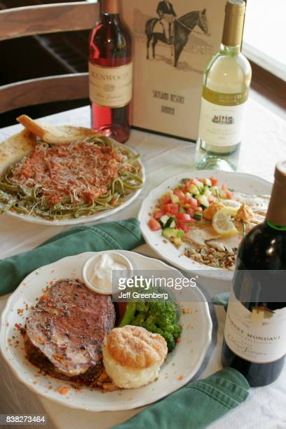 Food and wine in the Pollock Dining Room at Skyland Resort,