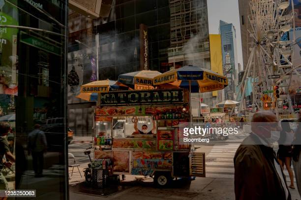 Food cart in the Times Square neighborhood of New York, U.S., on Saturday, Sept. 4, 2021. This month, as Broadway theaters, Lincoln Center, and other...