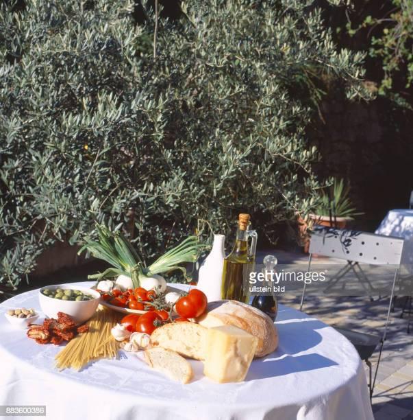 Food Court Italian food olive oil olives tomatoes vegetables mozzarella garlic parmesan cheesenoodles