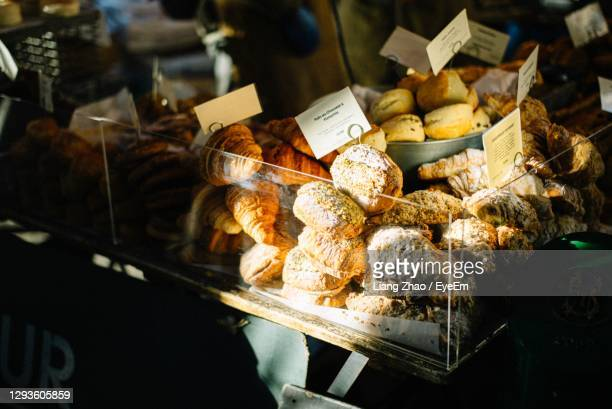 food for sale at market stall - bread stock pictures, royalty-free photos & images