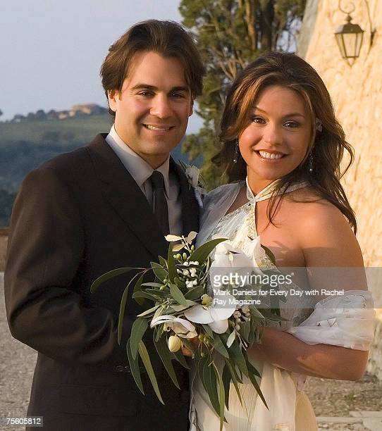 Food Network host and bestselling author Rachael Ray was married to John Cusimano on September 24 2005 Rachael and John celebrated their nuptials...
