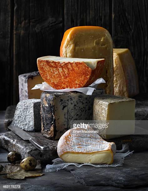 food - kaasplank stockfoto's en -beelden