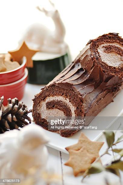 food porn - yule log stock photos and pictures