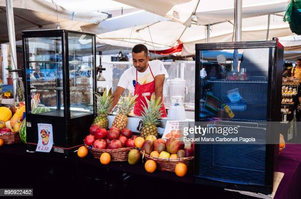 215a1e6e588c7 Food street stalls in Campo de Fiori market square
