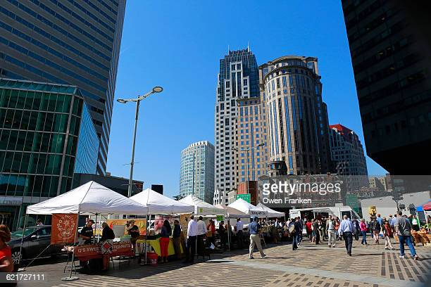 food truck lines at south station, boston - street market stock pictures, royalty-free photos & images