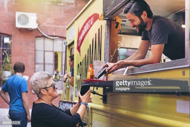 food truck - trabalho comercial - fotografias e filmes do acervo