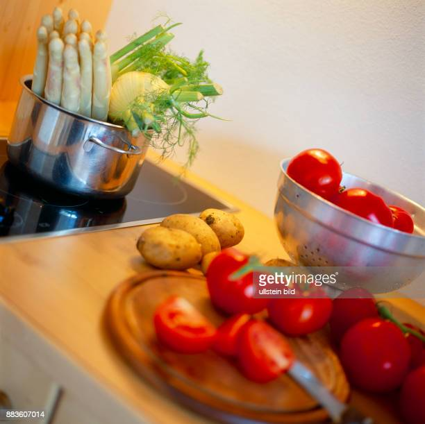 Food vegetables Vegetables white asparagus tomatoes