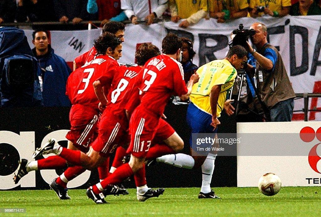 Foot : 1/2 Final Brazil - Turkey / Wc 2002 : News Photo