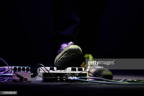 foot distortion and effect pedal on stage - kristy sparow stock pictures, royalty-free photos & images