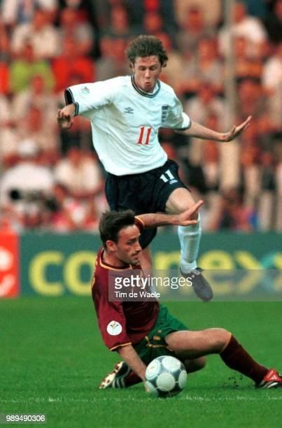 Foot Portugal England Macmanaman Steve Bento Paulo Football Voetbal Portugal England Angleterre Engeland Euro 2000 Iso Sport 335594 Football Voetbal...
