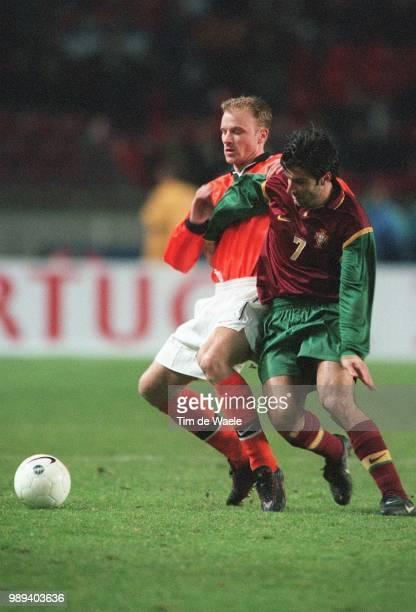 Foot Portugal Hollandebergkamp Dennis Action Figo Luisaction Football Voetbal Portugal Hollandenederland Iso Sport Im 334721 Sportsport Sport Sp
