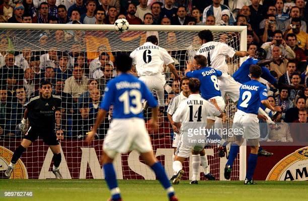 Real Madrid Rc Genk Iker Casillas Helguera Ivan Guti Hierro Fernando Sonck Wesley Tomasic Igor Dagano Moumouni Roumani Akran Champions League Racing...