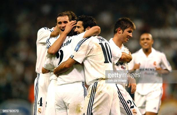 Real Madrid Rc Genk Joie Vreugde Celebration Celades Albert Salgado Michel Figo Luis Hierro Fernando Roberto Carlos Champions League Racing Uefa