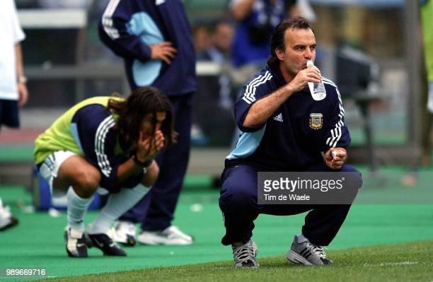 Sweden Argentina World Cup 2002 /Deception Teleurstelling Bielsa Marcelo Simeone Diego Suede Zweden Argentine Argentinie Copyright Corbis