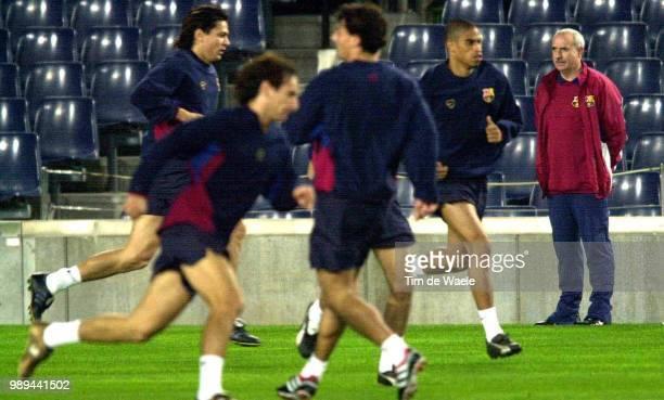 Foot Training BarcelonaFc Ferrer Lorenzo Reiziger Michael Lithmanen Jari Iso Sport Football Voetbal Training Entrainement Training Barcelona Fc...