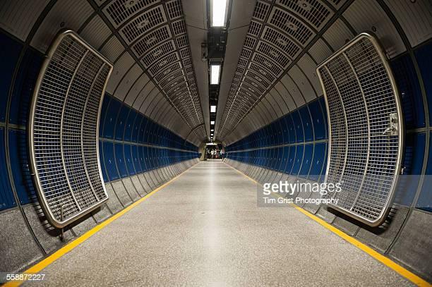 Foot tunnel, London Bridge Tube