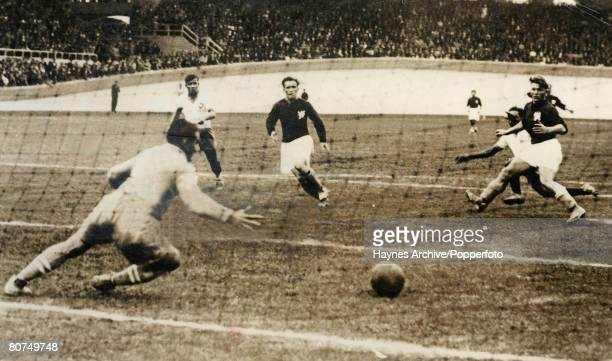 Football 14th June 1938 World Cup Finals Bordeaux France Playoff Game Brazil 2 v Czechoslovakia 1 Czechoslovakian goalkeeper Burkert prepares to save...