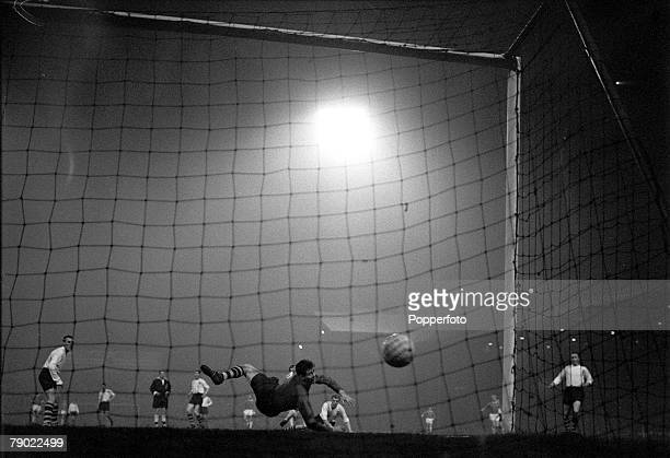 Football 14th March 1962 FA Cup 6th Round Replay Old Trafford Manchester Manchester United 2 v Preston North End 1 Preston goalkeeper Alan Kelly is...