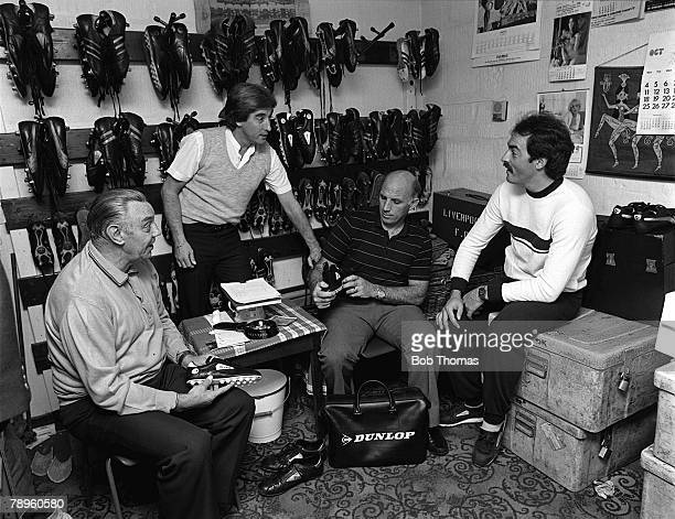 Football, 15th October 1982, Anfield, Liverpool, Liverpool goalkeeper Bruce Grobbelaar chats to backroom coaching staff of Joe Fagan, Roy Evans and...