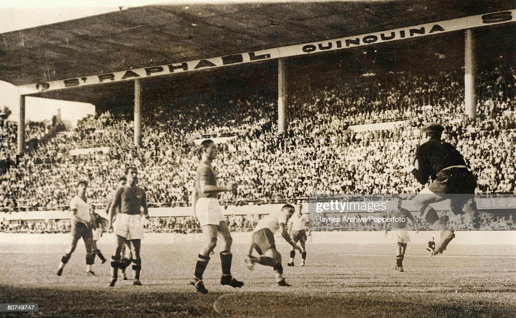 Football 18th June 1938. World Cup Finals. Marseilles, France. Semi-Final. Italy 2 v Brazil 1. Italian goalkeeper Olivieri leaps to save during the match. : News Photo