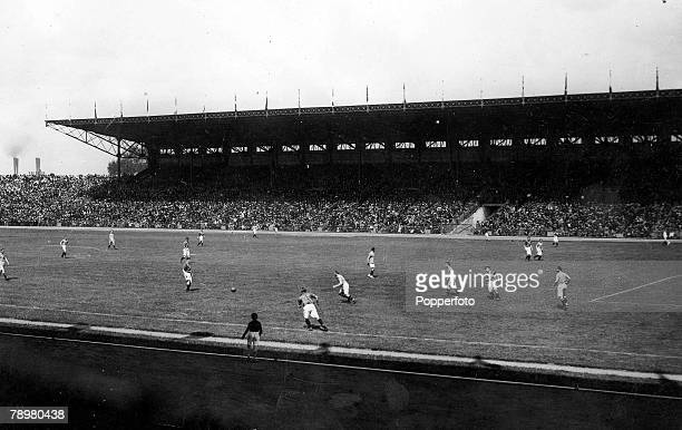 Football 1924 Olympic Games Stade Colombes Paris France SemiFinal Holland 1 v Uruguay 2 Action from the match