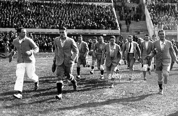 Football 1930 World Cup Finals Montevideo Uruguay 30th July 1930 Uruguay 4 v Argentina 2 The Argentinian team come out to examine the pitch before...