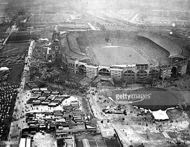 Football 1936 FA Cup Final 25th April 1936 London England Arsenal 1 v Sheffield United 0 An Aerial view of Wembley Stadium during the match