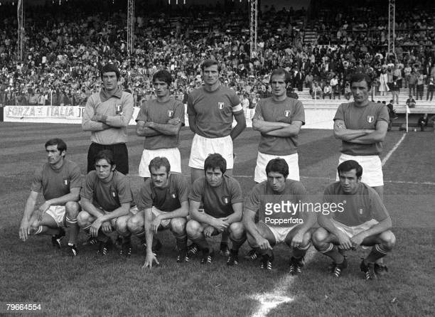 Football 1970 World Cup Toluca Mexico 3rd June 1970 Italy 1 v Sweden 0 The Italian team pose for a group photograph before their Group Two match...