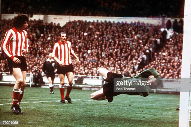 Football 1973 FA Cup Final Wembley Stadium 5th May Sunderland 1 v Leeds United 0 Sunderland goalkeeper Jim Montgomery makes his spectacular double...