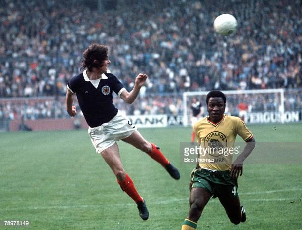 Football 1974 World Cup Finals Dortmund Germany14th June 1974 Group 2 Scotland 2 v Zaire 1 Scotland's Joe Jordan heads past Zaire's Buhanga