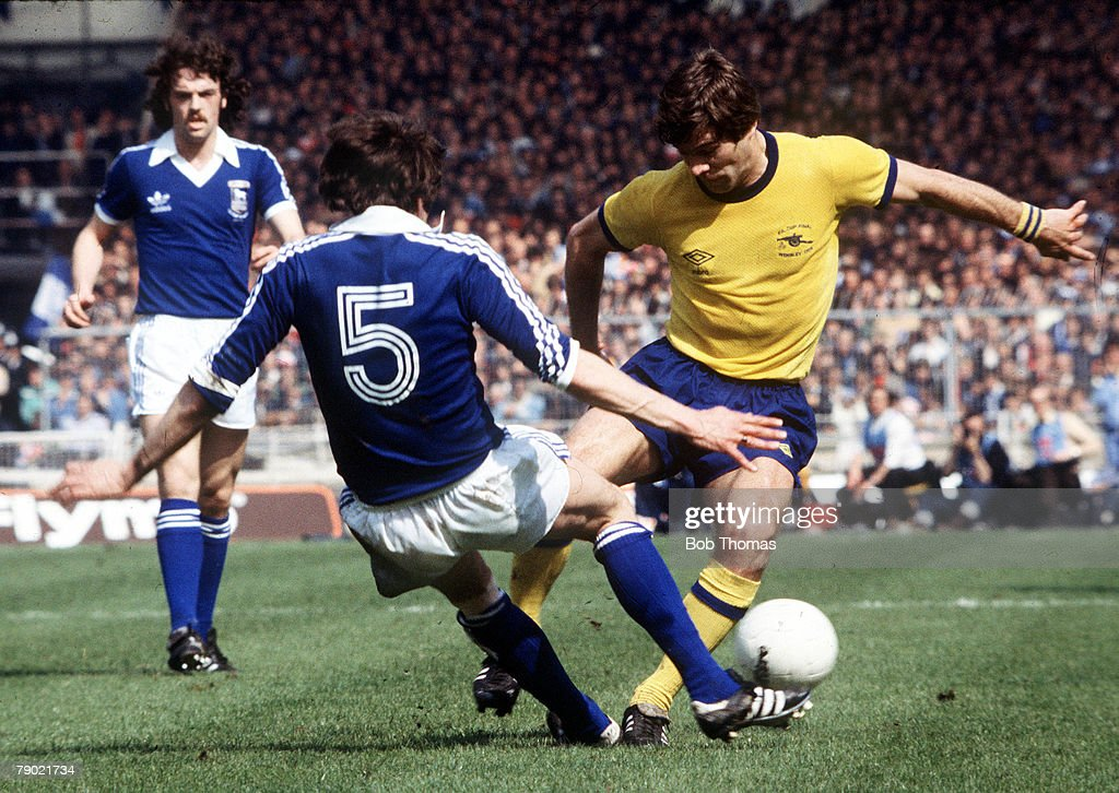 Football, 1978 FA Cup Final, Wembley, Ipswich Town 1 v Arsenal 0, 6th May, 1978, Arsenal's Malcolm MacDonald is challenged for the ball by Ipswich Town+s Allan Hunter