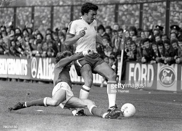 Football 1980 European Championships Qualifier Dublin Eire 25th October 1978 Republc of Ireland 1 v England 1 England's Trevor Brooking is tackled by...