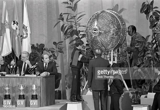 Football 1982 World Cup Draw Madrid Spain 16th January 1982 Problems have arisen with the mechanical drum containing the ball carrying the names of...