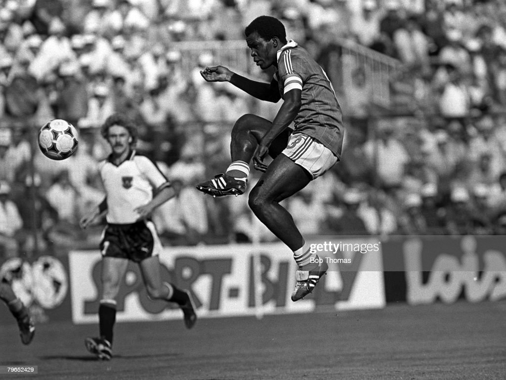 Football, 1982 World Cup Finals, Second Phase, Group D, Madrid, Spain, 28th June 1982, France 1 v Austria 0, France's Marius Tresor with the ball : Photo d'actualité