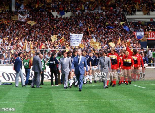 Football, 1984 FA Cup Final, Wembley, 19th May Everton 2 v Watford 0, The two teams are led out by their managers, Howard Kendall of Everton and...