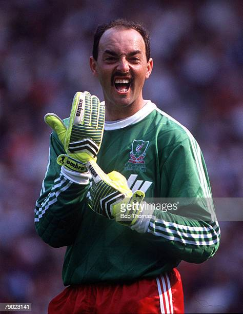 Football 1989 FA Cup Final Wembley 20th May Liverpool 3 v Everton 2 Liverpool's goalkeeper Bruce Grobbelaar
