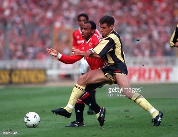 Football 1990 FA Cup Final Replay Wembley 17th May Manchester United 1 v Crystal Palace 0 Manchester United's Danny Wallace is challenged for the...