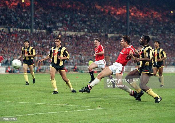 Football 1990 FA Cup Final Replay Wembley 17th May Manchester United 1 v Crystal Palace 0 Manchester United's Lee Martin scores the winning goal in a...