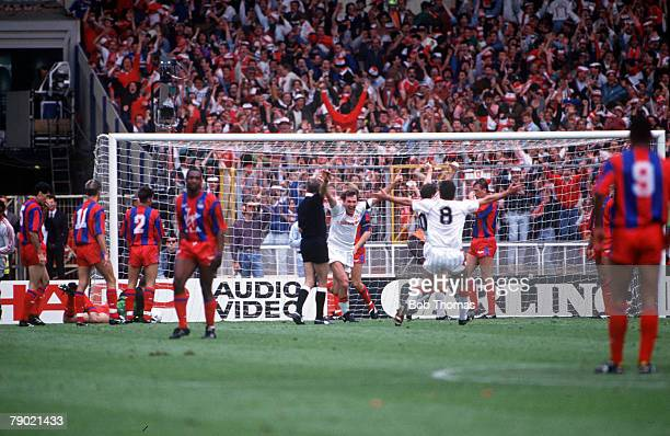 Football 1990 FA Cup Final Wembley 12th May Manchester United 3 v Crystal Palace 3 Manchester United's Bryan Robson turns to celebrate after scoring...